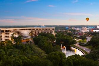 1 - Hilton LBV Singature - Exterior - Disney Springs